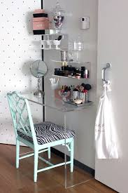Small RoomDecor, Ideas, Vanities Tables, Small Room, Makeup Vanities Photo  Details -