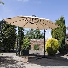 outdoor cantilever parasol garden