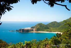 escape to dicasalarin cove and baler lighthouse baler aurora  dicasalarin cove baler aurora
