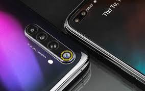 Mở hộp nhanh smartphone lính mới có 6 camera của Realme tại VN