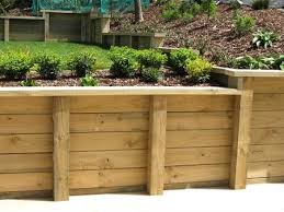 pros and cons of wooden retaining walls