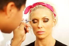 makeup ideas air brush makeup do you heart your dinair airbrush makeup system is