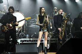 PJ Harvey: searing, soothing, always captivating | RNZ