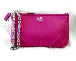 NWT MADISON COACH Pink Magenta Pebbled Leather Chain LARGE Wristlet Clutch  NEW