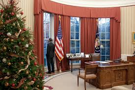 oval office white house. Unique Office Ovaloffice2010christmas In Oval Office White House