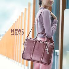 Bags, backpacks, trolley bags: online shop   <b>Mandarina Duck</b>