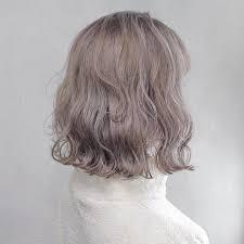 髪型髪色を変えたらメイクも変えるべきショートボブハイトーンに