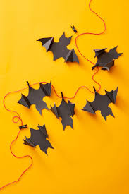Homemade halloween decorations can be made out of essentially any material, and paper is a great material to start! 78 Easy Diy Halloween Decorations 2020 Cute Halloween Decorating Ideas