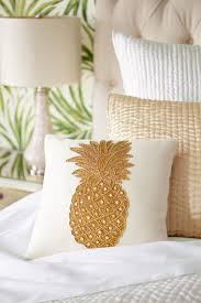 Pineapple Bedroom Furniture 17 Best Ideas About Tropical Bedrooms On Pinterest Tropical