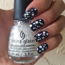 China Glaze Out Like A Light China Glaze Twinkle Collection Chillin With My Snow Mies
