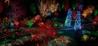 Seattle To Victoria Overnight & Butchart Gardens Holiday Lights Tour