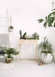 creative diy plant stand ideas