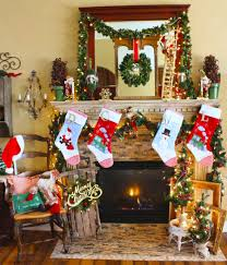 Trying a two-piece wreath is brilliant idea to adorn a double door entry by  starting it with a wreath which has sturdy base. Nevertheless, you must be  smart ...