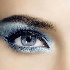 silvery blue makeup idea