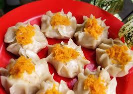 Makanan ini merupakan salah satu jenis makanan yang popular di berbagai belahan dunia, termasuk di indonesia. Resep Dimsum Ayam Udang Yang Enak Masakan Bunda