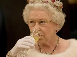 Queen elizabeth father queen mother elizabeth ii uk history tudor history british history george v1 king george i inside windsor castle. Royal Family The Queen S Favourite Alcoholic Drinks According To Former Royal Chef The Independent The Independent