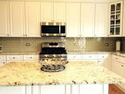 le glass tile backsplash khaki glass tile kitchen with white cabinets blue le glass mosaic tile