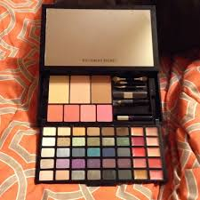 ultimate studio makeup kit m 54aa18736afb68056206fc3b
