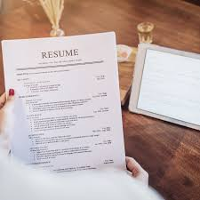 Sample Of Modern Resume For Quality Assurance Specialist How To Use Resume Keywords To Land An Interview