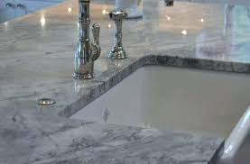 quartz countertops that look like marble compared to