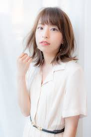 外ハネミディアムレイヤーヘアカタログ Ash 稲田堤店 仲井眞 哲平