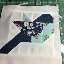 Best 25+ Bird quilt ideas on Pinterest | Applique quilts, Bird ... & I am in love with these birds! thank you for a unique quilt block pattern! Adamdwight.com
