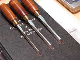 dovetail chisel. fred dovetail chisel l