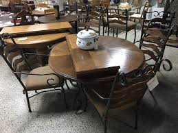Metalwood Round Dining Table W 4 Chairs Design Furniture