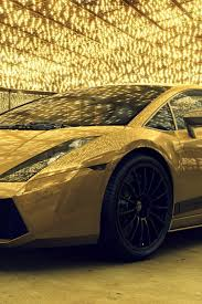 640x960 Gold lamborghini Iphone 4 wallpaper