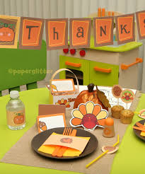 thanksgiving table favors. This FREE Thanksgiving Party Kit Includes Lots Of Sweet Goodies To Decorate \u201cthe Kid\u0027s Table\u201dfor Thanksgiving. Paper Glitter Created Fabulous Table Favors