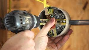 Light Fixture Ground Wire How To Install A Light Fixture With A Ground Wire When The Outlet Box Does Diy Electrical Work
