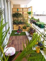 balcony garden. Add A Playful Pallet Wall To Your Balcony Space House Plants! Garden E