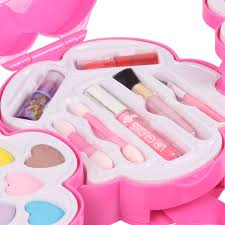 8 pack make up set for children includes lipstick blush eyeshadow in a cute heart hard case perfect for little princesses birthday