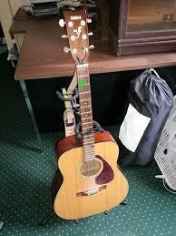 yamaha f335. fs: yamaha f335 acoustic guitar + extras