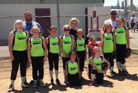 Good Sports of the Week: Pioneer Select Grocery L.G. Bombers -