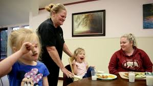 Homeless Salem mom finds stability, future in Simonka Place in Keizer
