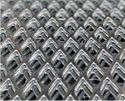 choosing the right grill grate metal