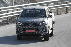 Next Generation Toyota Hilux Prototype Caught Testing - autoevolution
