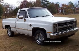 All Chevy chevy c10 body styles : 1981 to 1987 Chevy Fleetside Pickup Truck Square Body Style ...