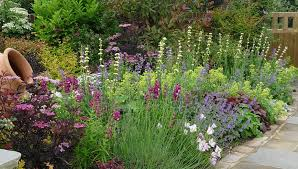 Small Picture 30 unique Herb Border Garden Design Plans Garden Edging Ideas