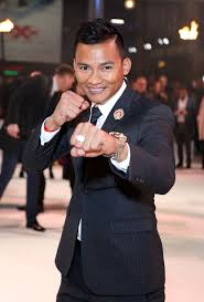 Photos Blond Ambition Action Star Tony Jaa Dons Golden Mohawk.