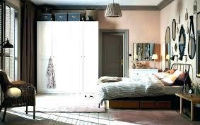 maroon wall paint maroon and grey bedroom maroon bedroom ideas maroon bedroom curtains gray walls best maroon wall paint