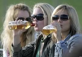 Алкоголизм среди молодежи статистика в России Причины развития алкогольной зависимости среди молодежи