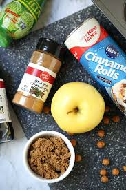 easy apple pie cinnamon rolls video