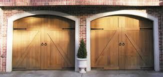 custom wood carriage house doors carriage house doors o11