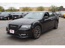 2018 chrysler 300c. exellent 300c new 2018 chrysler 300 s and chrysler 300c