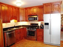 Updating Oak Kitchen Cabinets Oak Kitchen Cabinets Spruce Up Ideas With Elegance And Versatility