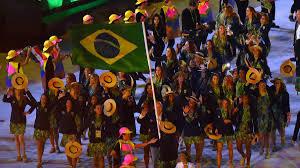 Várias opções de ferramentas ou use o adobe indesign ou adobe lightroom. Olympia 2021 Brasilien Nur Mit Den Fahnentragern Bei Der Eroffnungsfeier In Tokio Eurosport