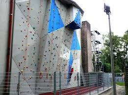 backyard rock climbing wall outdoor backyard rock climbing wall how to build a outdoor rock climbing