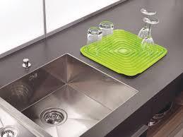 joseph joseph flume folding draining mat green co uk kitchen home